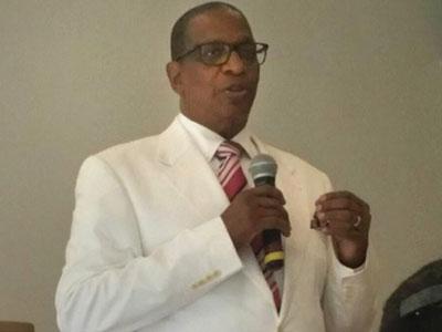 Pastor Melvin Heuvel